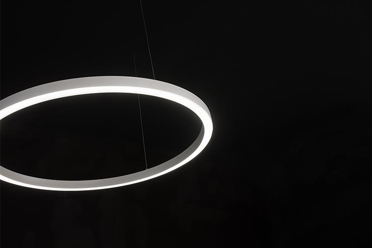 Tour linea light group architectural for Kit suspension luminaire